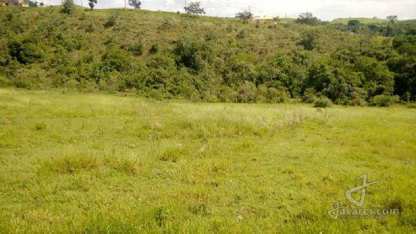 Jacarei.Com - VENDIDO - Terreno com 1000m2 no Vale dos Lagos em Jacareí,