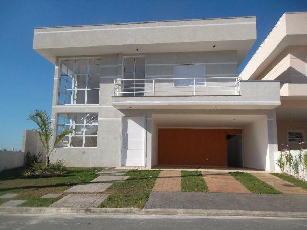 Jacarei.Com - Casa Sobradada no Condomínio Quintas Vila Branca nova, em Jacareí
